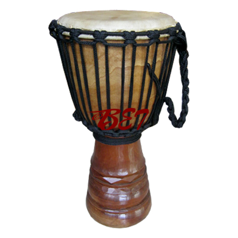 carving djembe drum